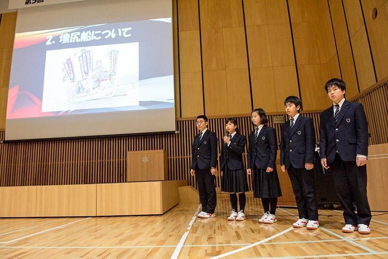 東洋大学付属姫路中学校研究発表の写真