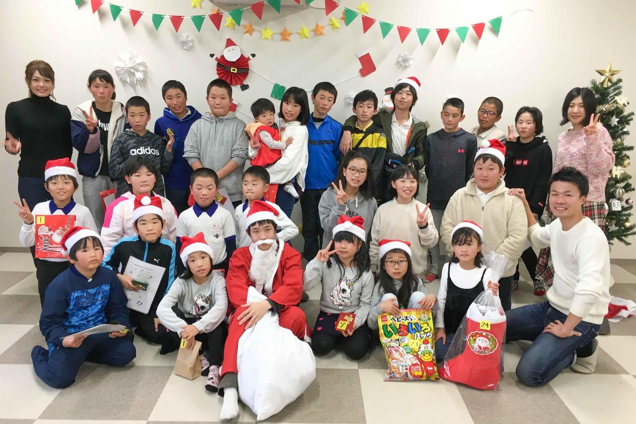 グローイングのクリスマス会集合写真