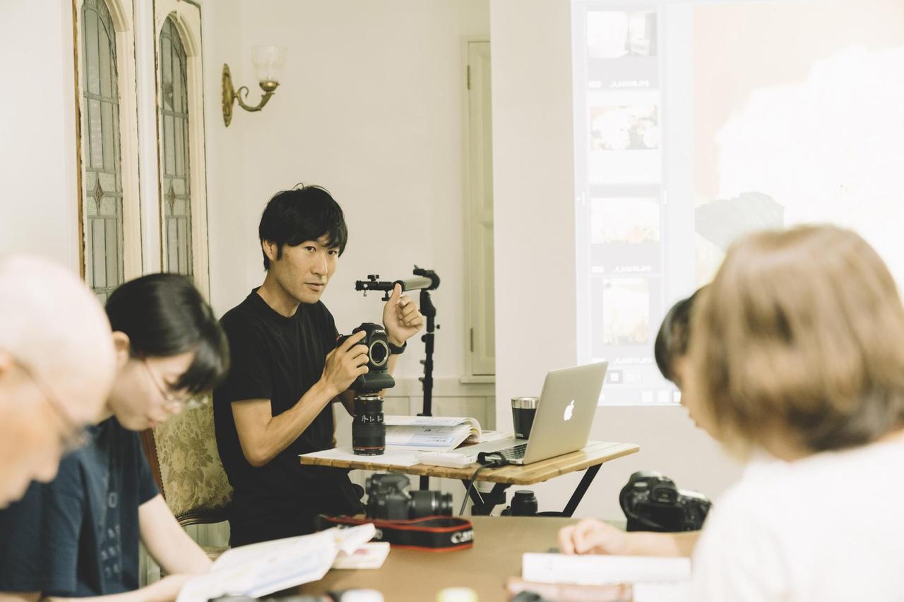 上吉川さん講師の写真教室の様子の写真