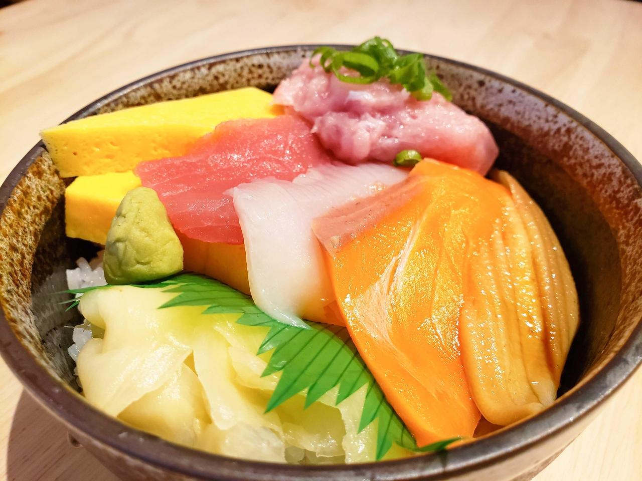 海彦亭の「海彦丼」の写真